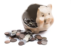 broken-piggy-bank-1472485404YoO.jpg